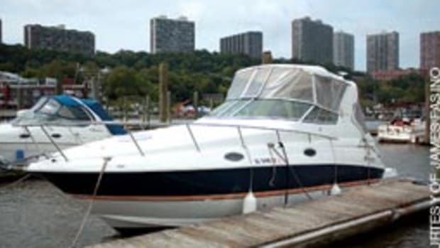 A shakedown cruise aboard Escape, a 28-foot express cruiser, helped the author reconnect with his older brother, Bob.