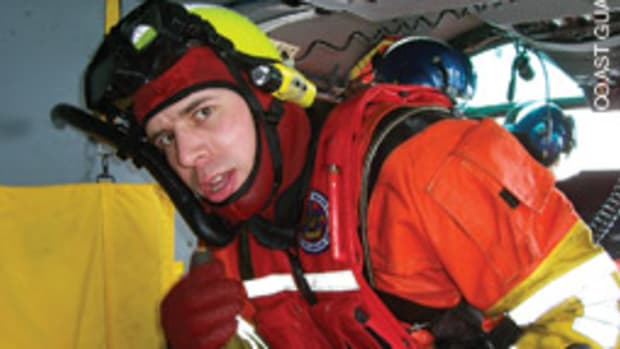 Heller was awarded the gold medal of the Association for Rescue at Sea for his actions.