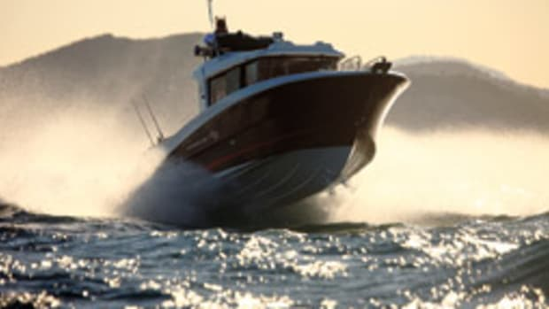 Is the displacement hull form for you? - Soundings Online