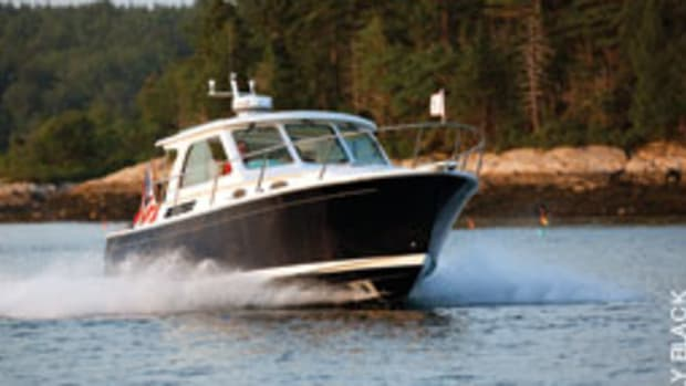 North End Composites builds Back Cove's three models - a 30 (shown here), a 33 and a 37.