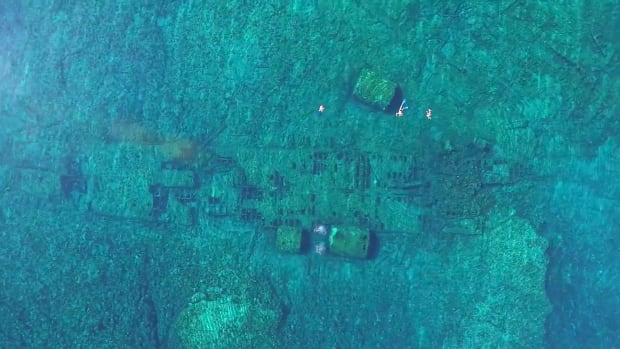 Bermuda Shipwreck 2