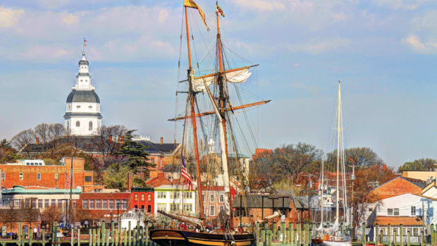 pride-of-baltimore-ii-docked-in-annapolis