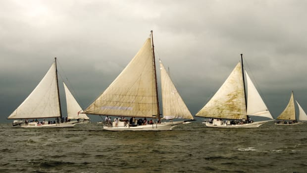 annual-skipjack-race