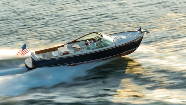 hinckley-yacht-t29-runabout-running-shot