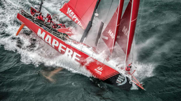mapfre-compete-in-the-around-the-island-sailing-race