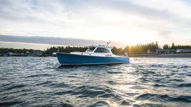 Hinckley-Picnic-Boat-40---Large--45_1800