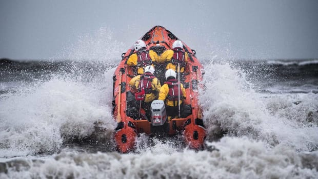 new_figures_reveal_rnli_volunteers_are_busier_than_ever_over_the_festive_period5_1800