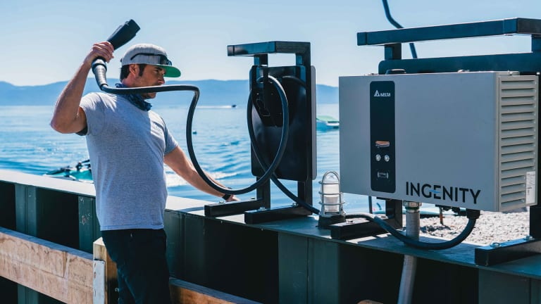 The Boat-ChargingStation of the Future