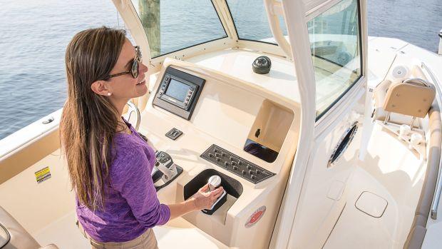 Evinrude-iDock-Female-Docking-HR-PRG