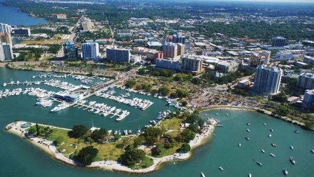 downtown-sarasota-marina