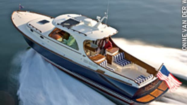 The second generation of the Hinckley Picnic Boat - bigger and faster - debuted at the fall boat shows.
