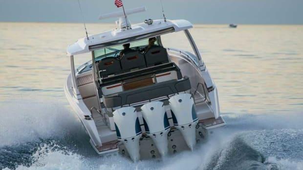 Lifleines-12.22tiara-yacht