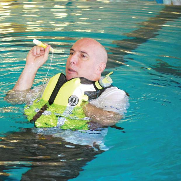 mario-vittone-in-water-lifejacket-signaling-device