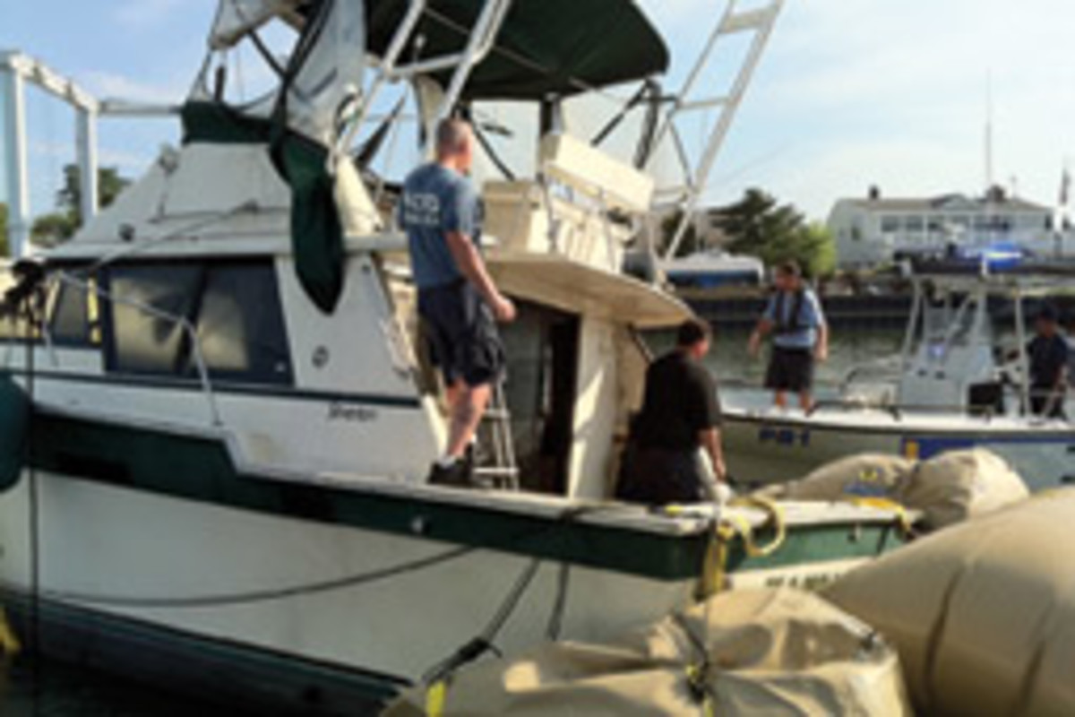 Sen. Charles Schumer has introduced legislation requiring capacity limits for boats larger than 20 feet.