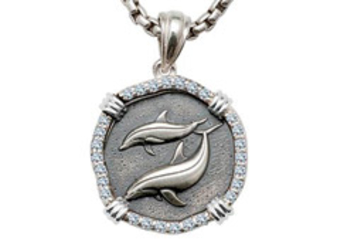 A portion of the proceeds from the well-known artist's accessories goes to The Guy Harvey Ocean Foundation.