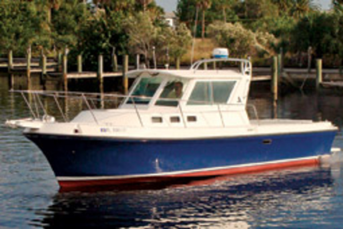 The Albin 28, new to Southwest Florida Yachts' charter fleet, will sleep four.
