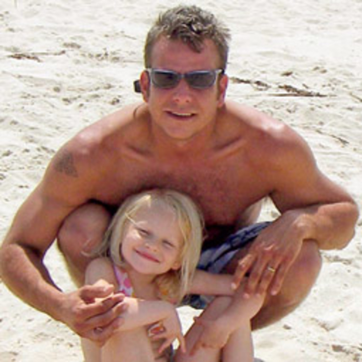 Chris O'Shea with his daughter, Lily, in 2007.