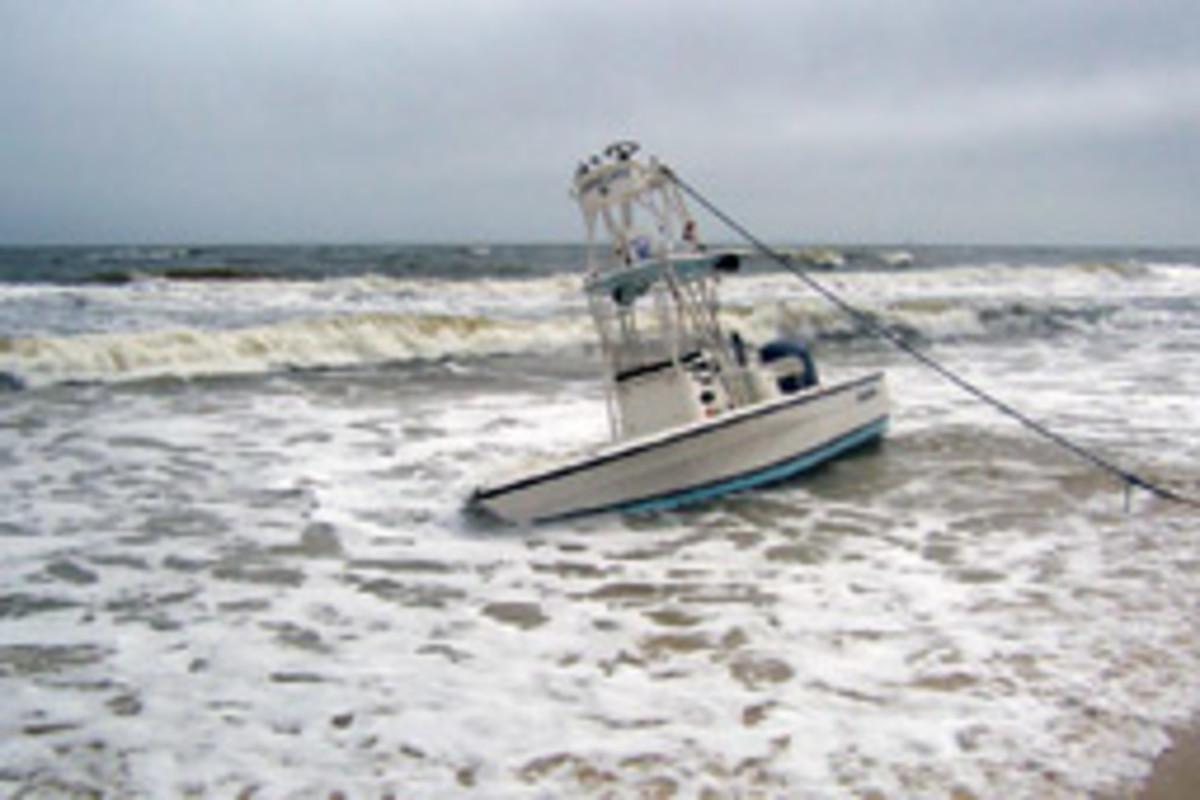 The Century 2400 Inshore washed up on an Alabama beach with very little damage.