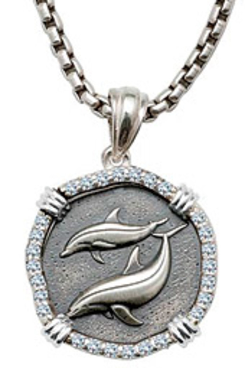 A portion of the proceeds from the well-known artist's accessories go to The Guy Harvey Ocean Foundation.