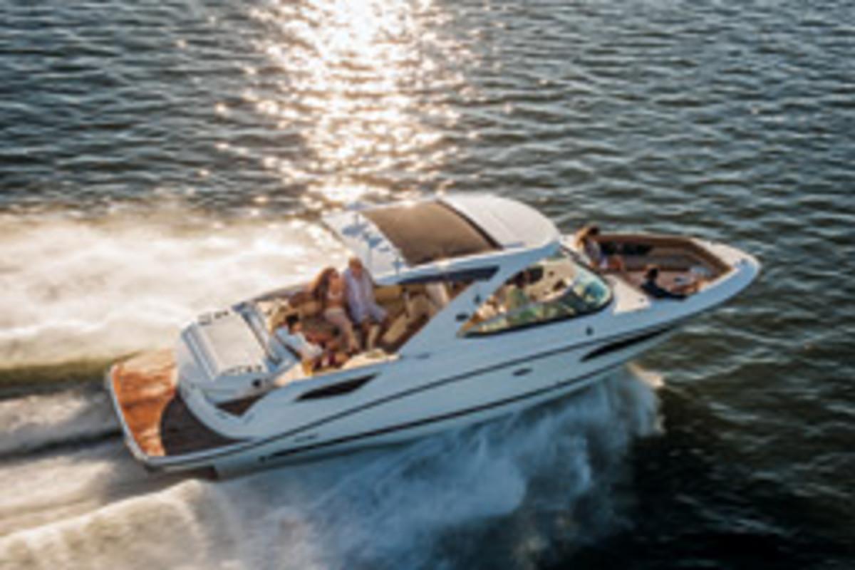 Sea Ray's 350 SLX