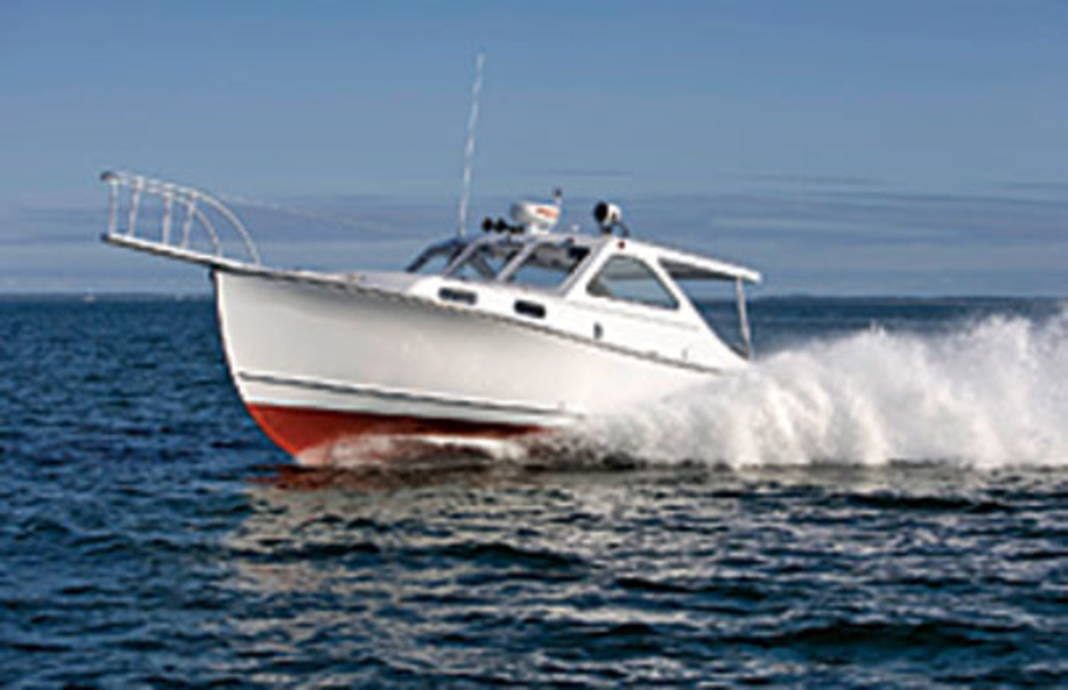 Response has been so positive to the semidisplacement 36-footer Ellis Boat Company built for music legend Billy Joel that the Maine builder is offering a semicustom version as the Ellis Patriot.