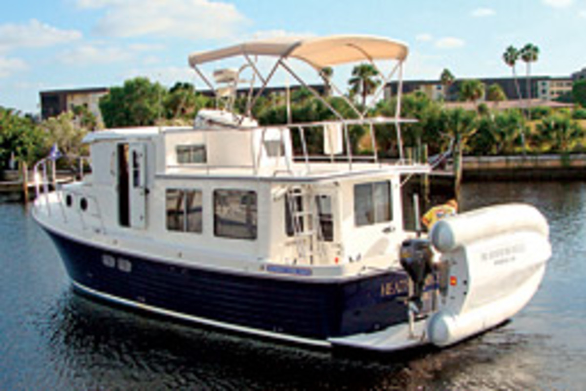 This 34-foot pilothouse trawler from American Tug is a new charter option in southwest Florida.