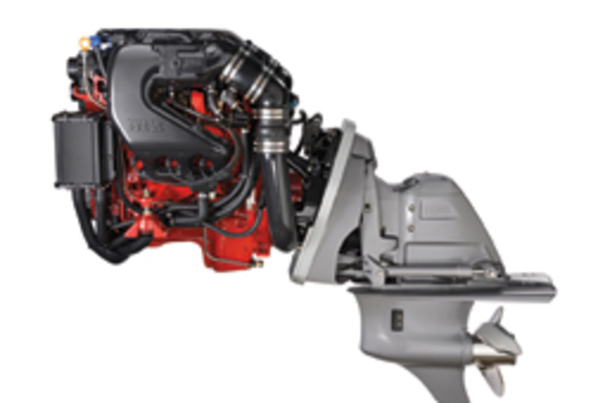 This 240-hp V-6 model is among the first in a fleet of new gas sterndrives coming from Volvo Penta in 2015 and 2016.