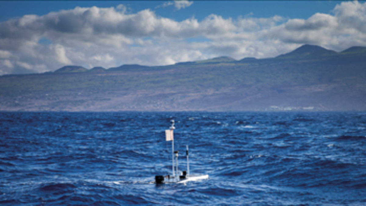 The record-setting Wave Glider Benjamin approaches Hawaii, collecting data as it pokes along.