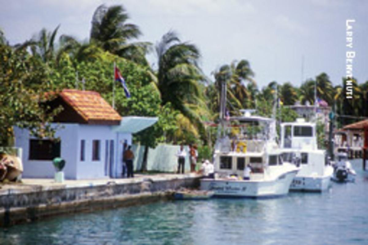The customs office at Marina Hemingway.
