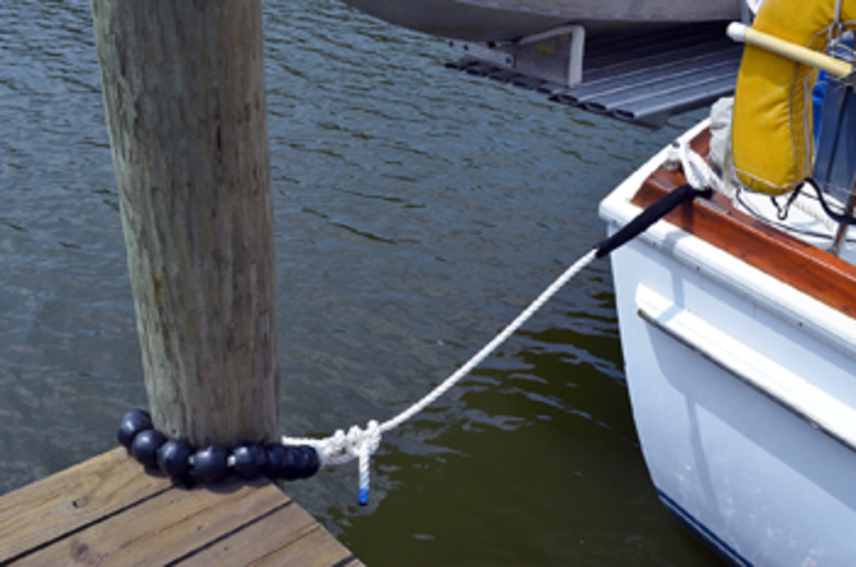 TideMinders allow your lines to move up and down pilings with the tide or storm surge.
