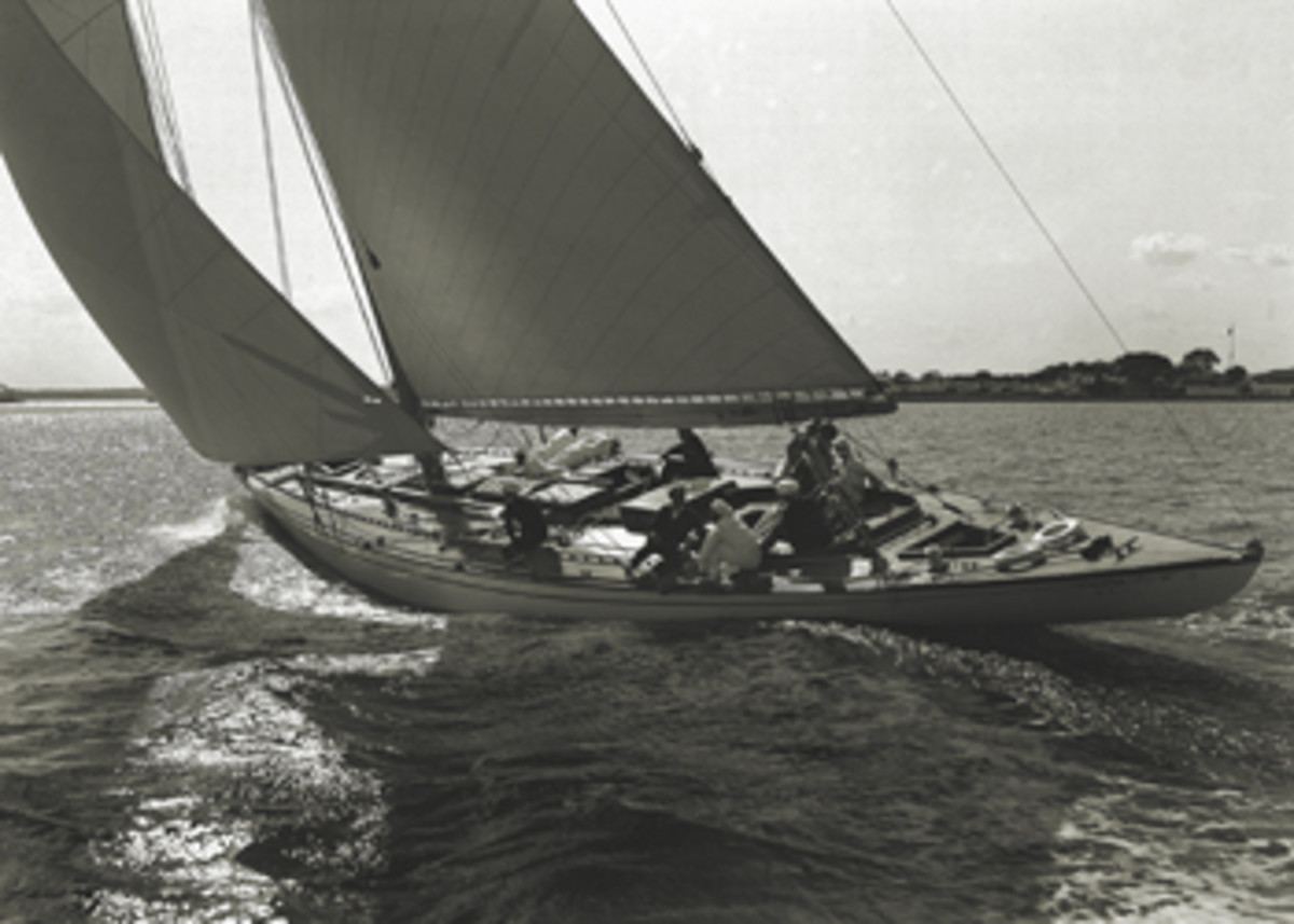 LFH's M-Class yacht Istalena on a close reach during the 1930 Block Island Race.