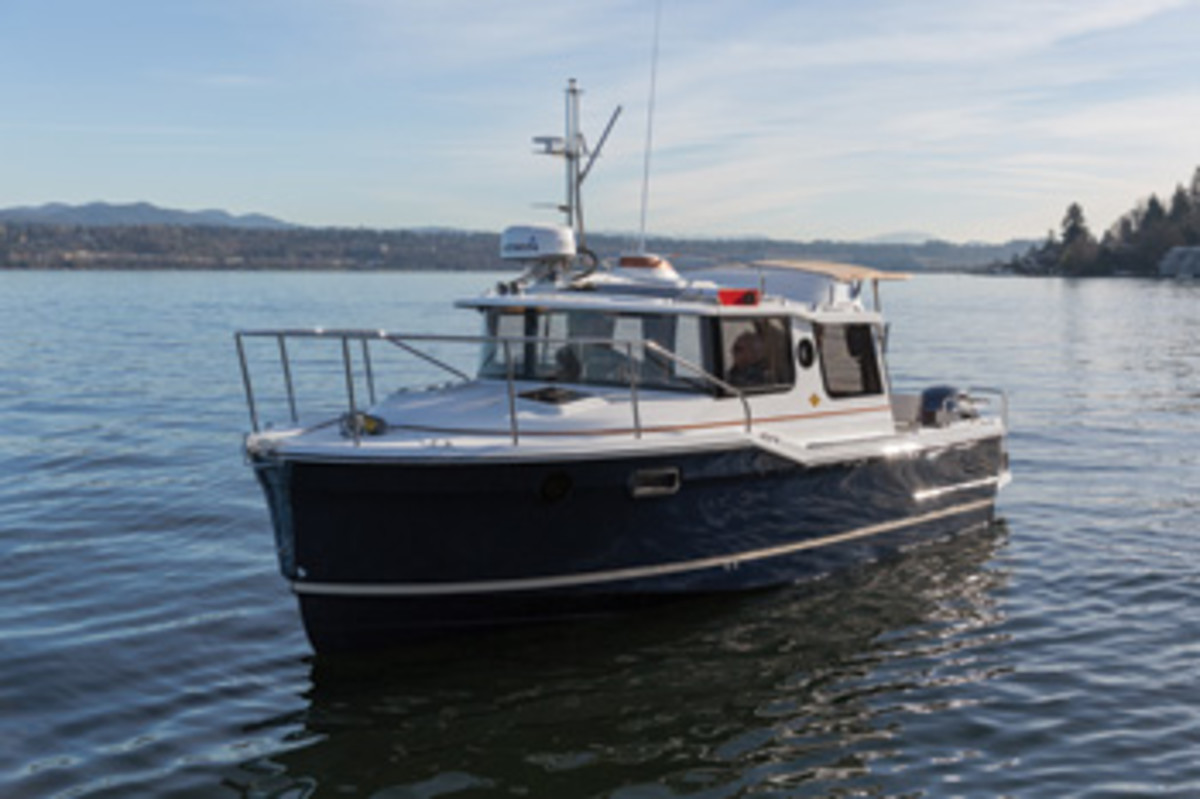 ... On Apalachicola Bay, Has Made Its Mark Selling And Servicing Pilothouse  Boats. Southern Boaters Like The Weather Protection A Pocket Cruiser  Offers, ...