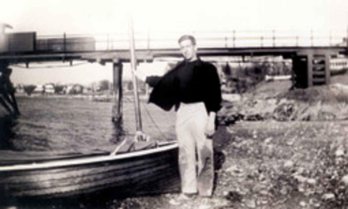 1947: Hood at the Eastern Yacht Club in Marblehead, Mass.