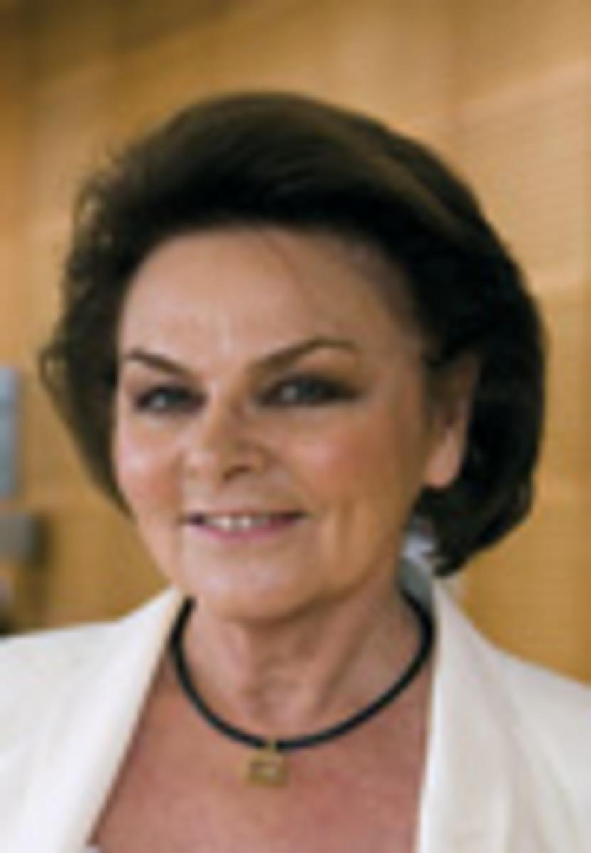 Madame Annette Beneteau-Roux