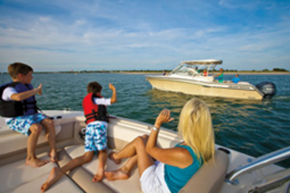 Cruising with friends or making some along the way enriches the boating experience.