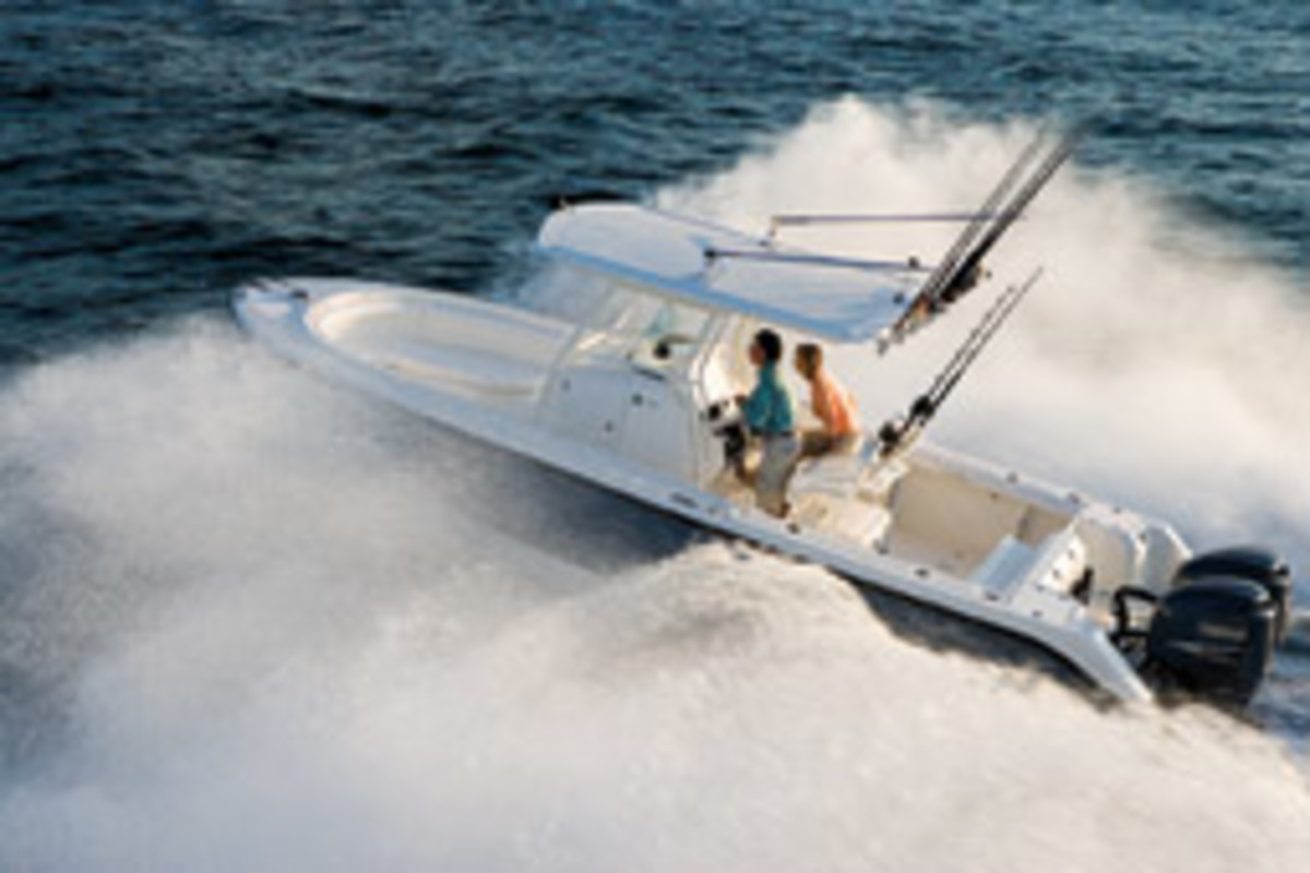 The EdgeWater 268CC rides a deep-vee hull designed for offshore conditions.