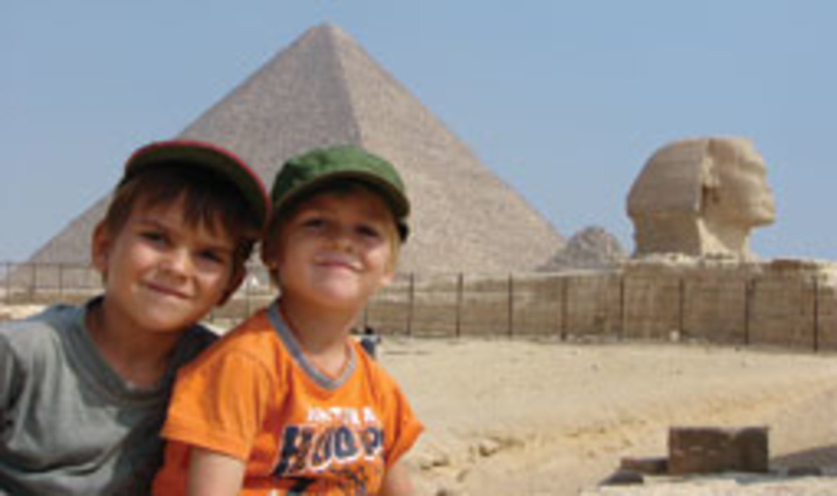 Emil and Peter at the Great Pyramid and the Sphinx in Giza, Egypt.