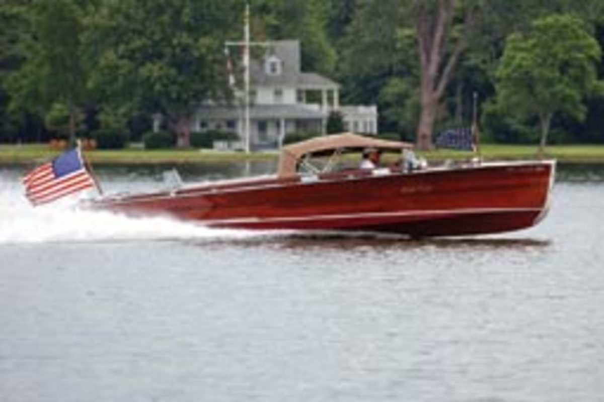 Sugar Lady, a 1932 27-foot triple-cockpit Chris-Craft, fetched $305,000.