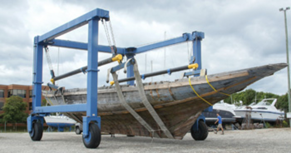 Doris was moved to David Snediker's boatyard in September 2014.