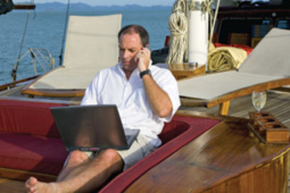While going online on board used to be a nightmare, it's now relatively easy and reliable all along the coast.