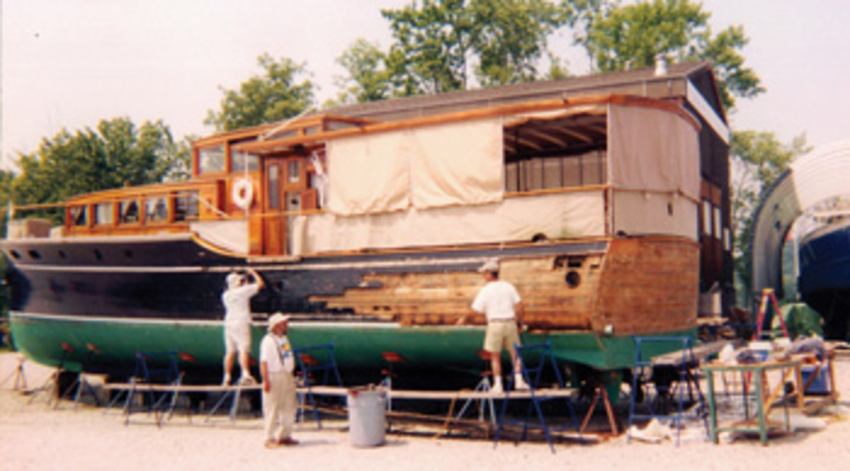 Annie Laurie during a 2002 refit, when she was owned by Barry White.