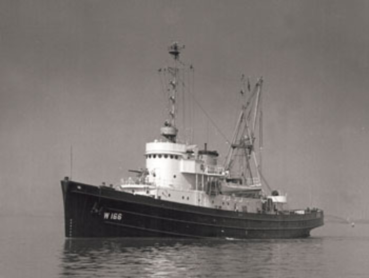 The Navy turned Tamaroa over to the Coast Guard in 1947.