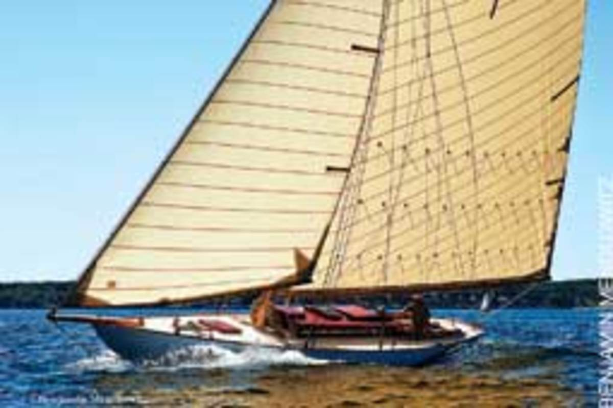 Alera is hull No. 1 of Nathanael Herreshoff's New York 30 design.
