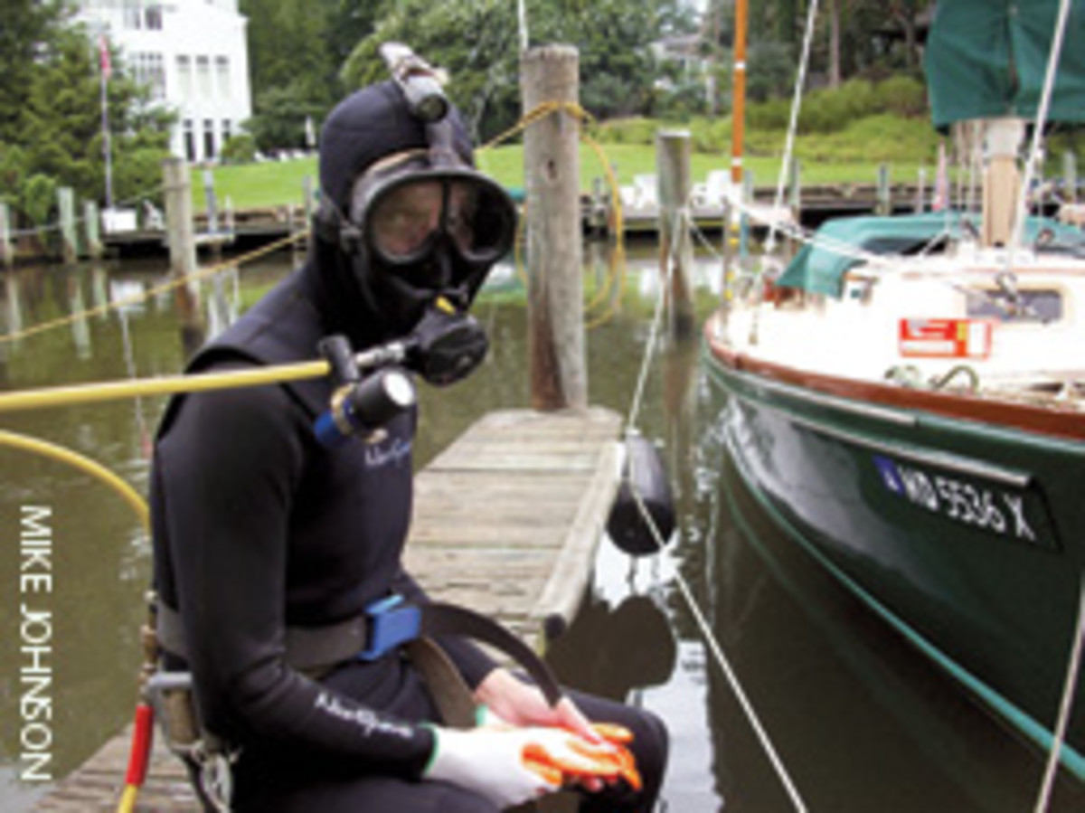 'Pat the Diver' prepares to take the plunge.