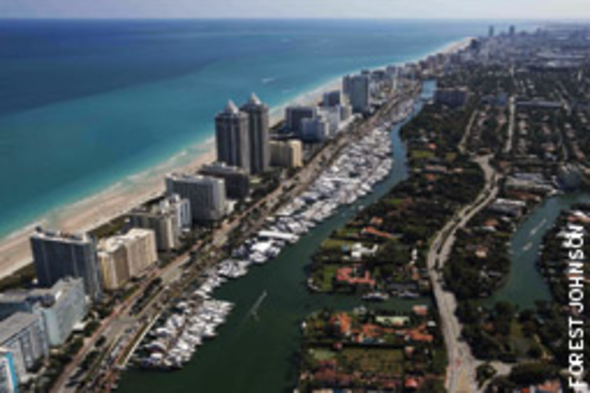 The Yacht & Brokerage Show in Miami Beach is staged along Collins Avenue, with free shuttle service from the Miami Beach Convention Center and Sea Isle Marina.