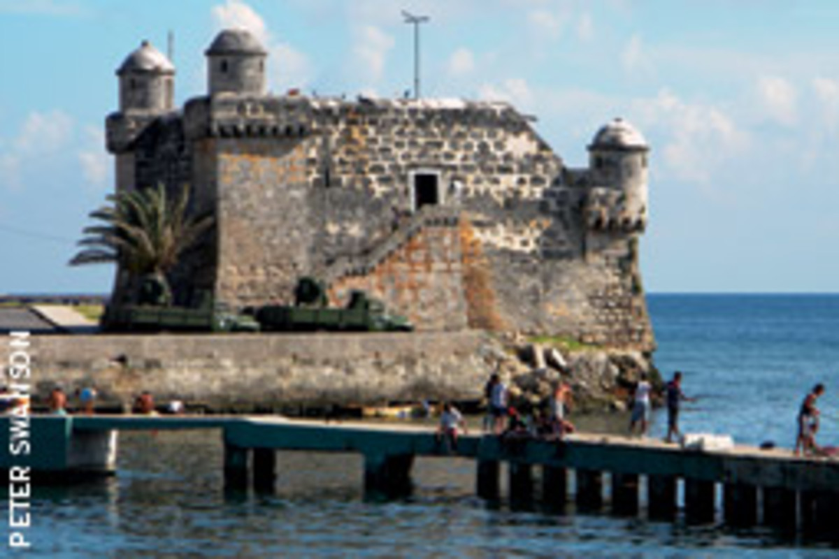 A fortress guards the harbor at Cojimar, where Hemingway berthed Pilar.