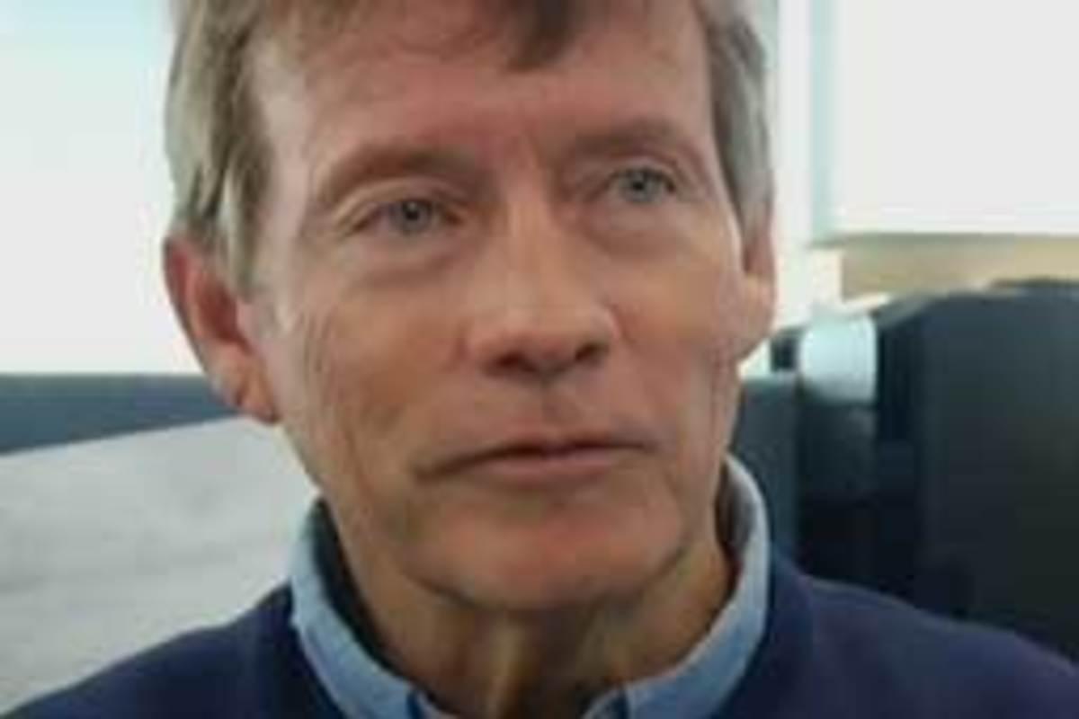 Novelist Wes DeMott