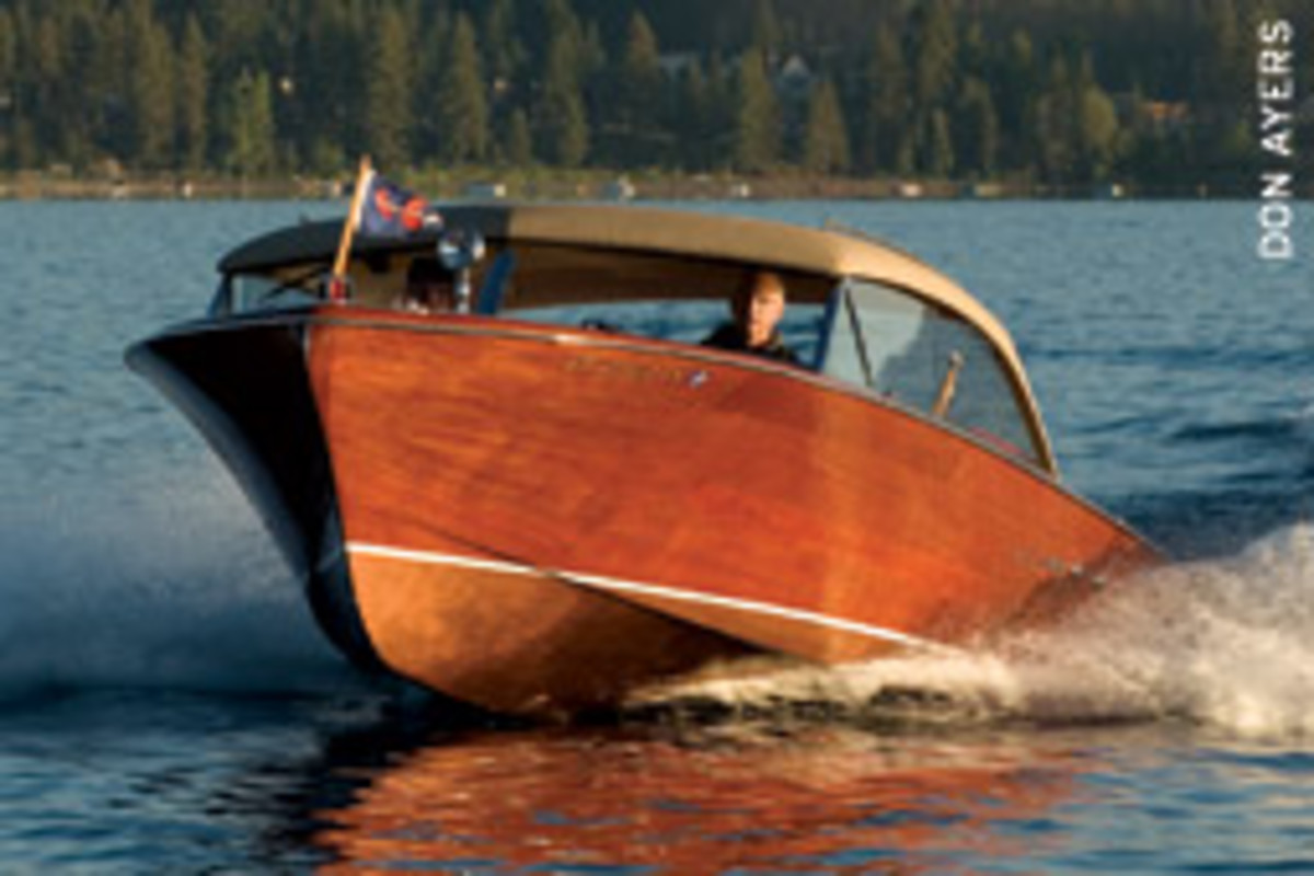Chris-Craft built only 80 26-foot Continental Sedans in the late 1950s, when it was the company's largest, most-expensive utility.
