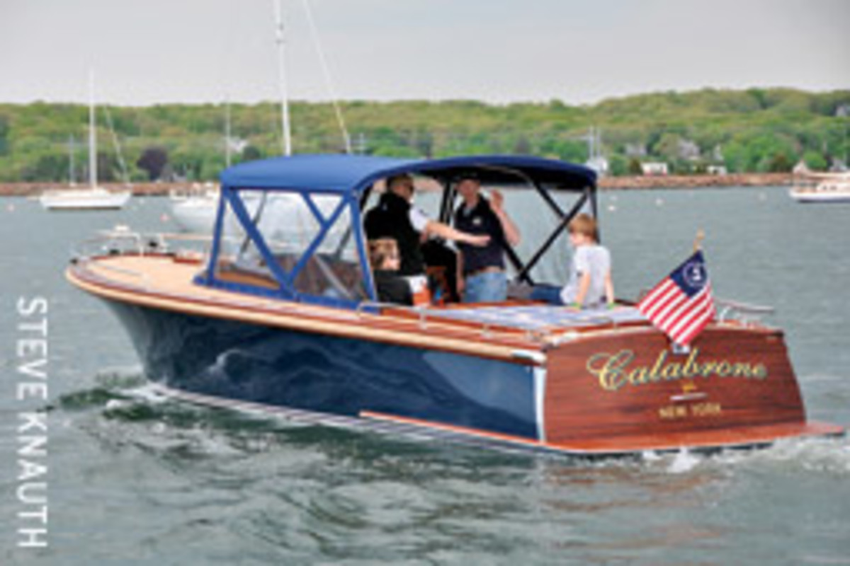 Calabrone can run on either diesel or 100 percent biodiesel with a pair of Steyr 236 BH engines.