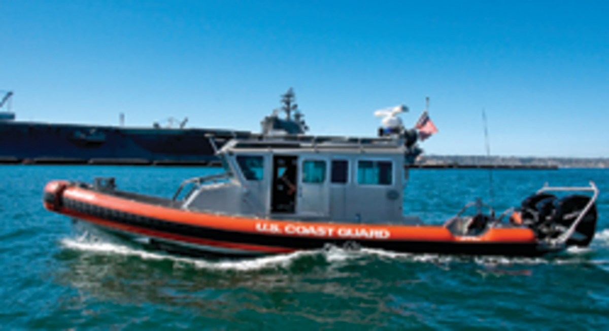 A 33-foot Coast Guard special-purpose craft similar to the one involved in the collision.